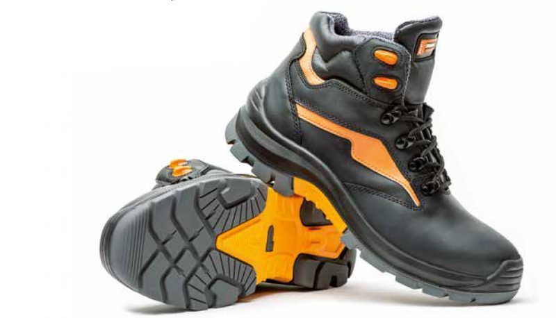Extreme safety boots for demanding conditions