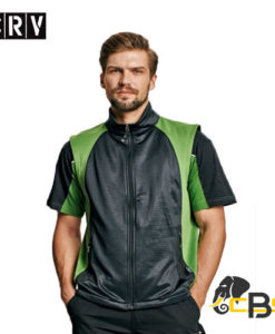 Men´s softshell vest with two side pockets. Side parts in contrast colour. Suitable for printing. green